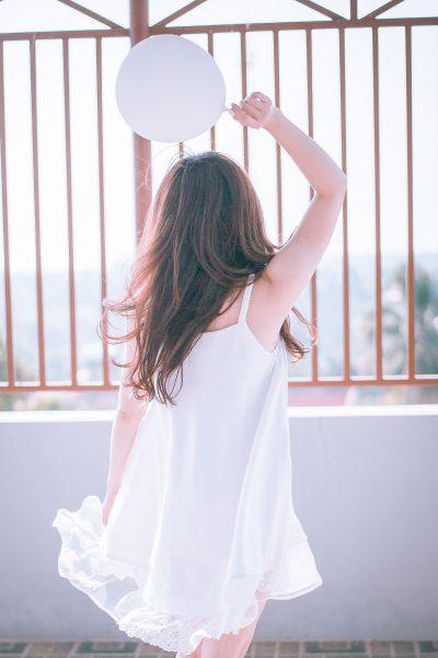 girl-1733993_1920